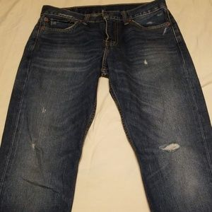 Levi's Distressed Jeans EUC